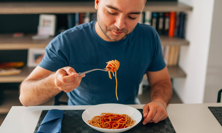 How Much Pasta Per Person Do You Need To Serve?