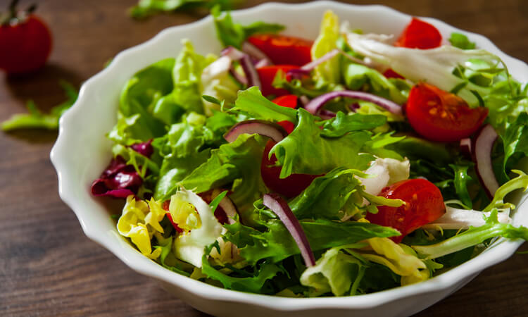 How To Keep Salad Crisp: Easy Tips And Tricks
