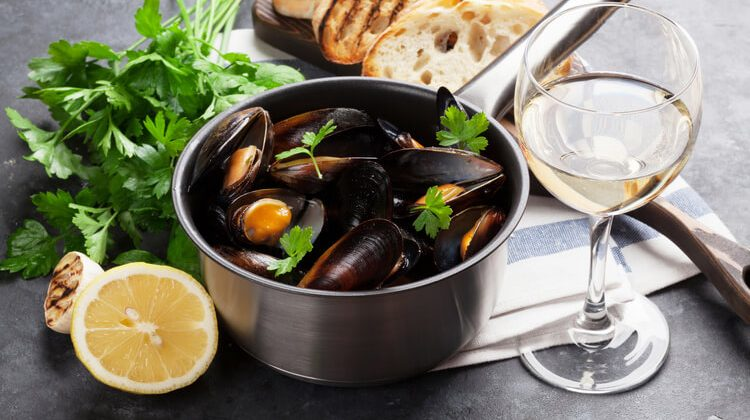 What Wine To Pair With Seafood